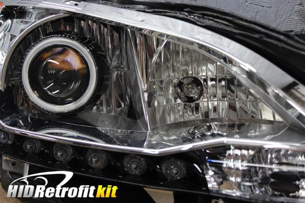 2013-2015 Nissan Sentra Sedan Custom Bi-Xenon HID Retrofit Headlights with Led Halo Lights
