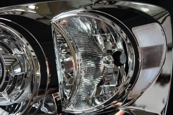 2006-2009 Dodge RAM 1500 Retrofit Custom Headlights