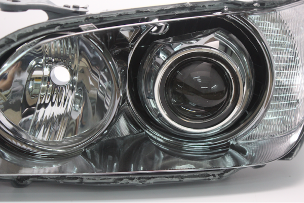 2001-2005 Lexus IS300 Bi-Xenon HID Retrofit Headlights