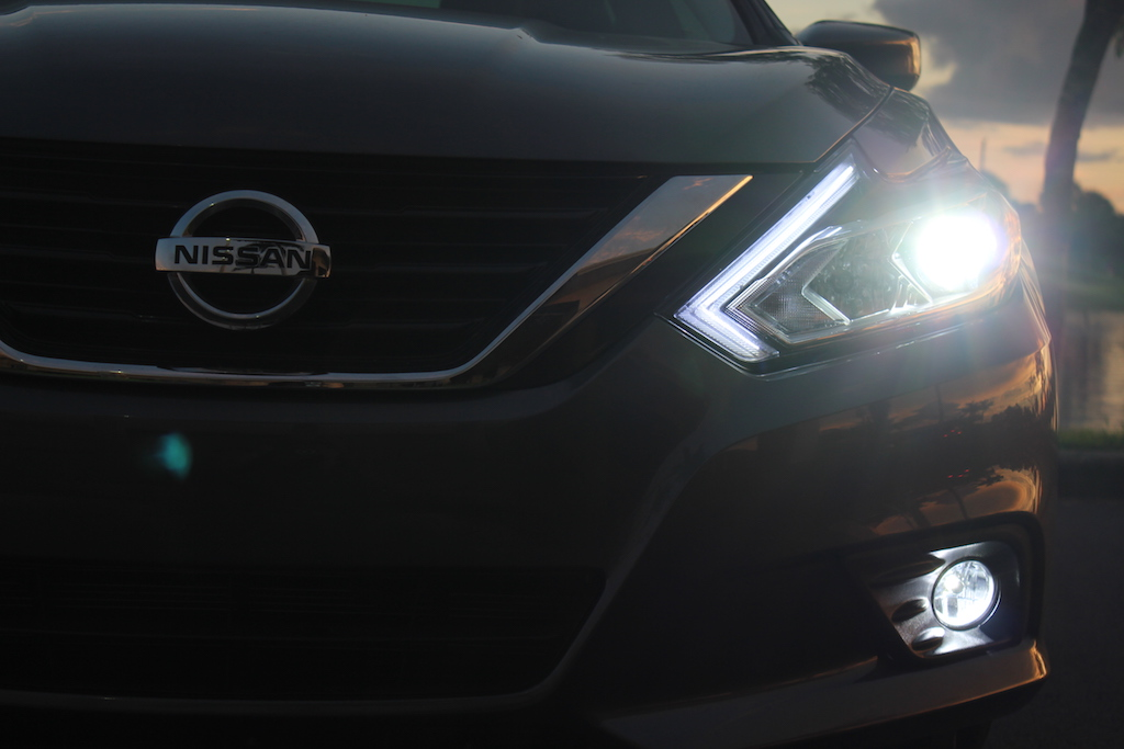 Nissan Altima Custom LED Signature Headlights 2016-2019