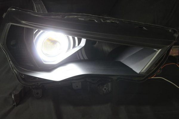 2014-2018 Toyota 4Runner Black LED Halo Projector Headlights