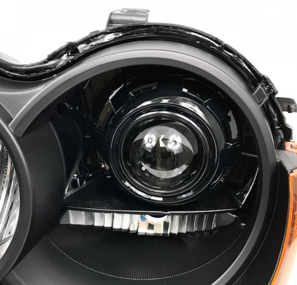 2005-2010 Jeep Grand Cherokee HID Black Projector Headlights