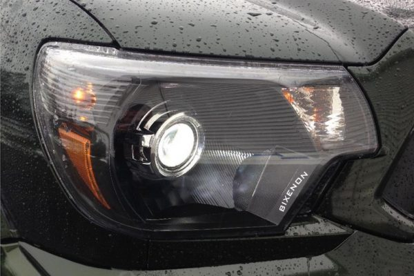 2012-2015 TOYOTA TACOMA PROJECTOR RETROFIT HEADLIGHTS