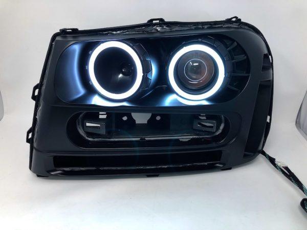 2002-2009 Chevrolet Trailblazer LED Halo Projector Headlights